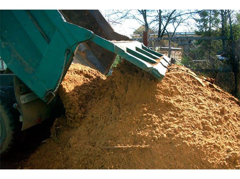 Строительный песок с доставкой